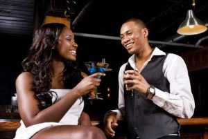 ebonycouplehavingdrinks