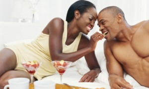 black-couple-bed foreplaysexualenergy